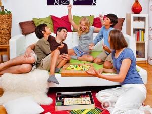 Играем всей семьей