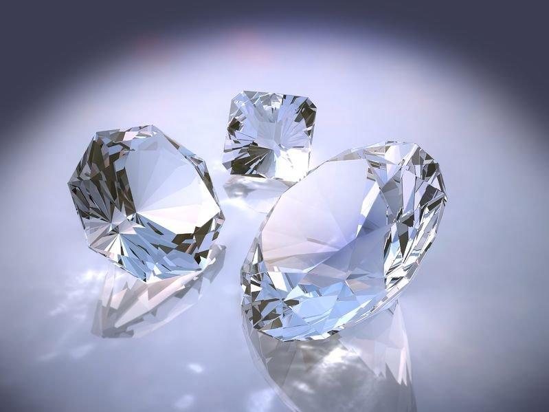Как отличить бриллианты от фианитов