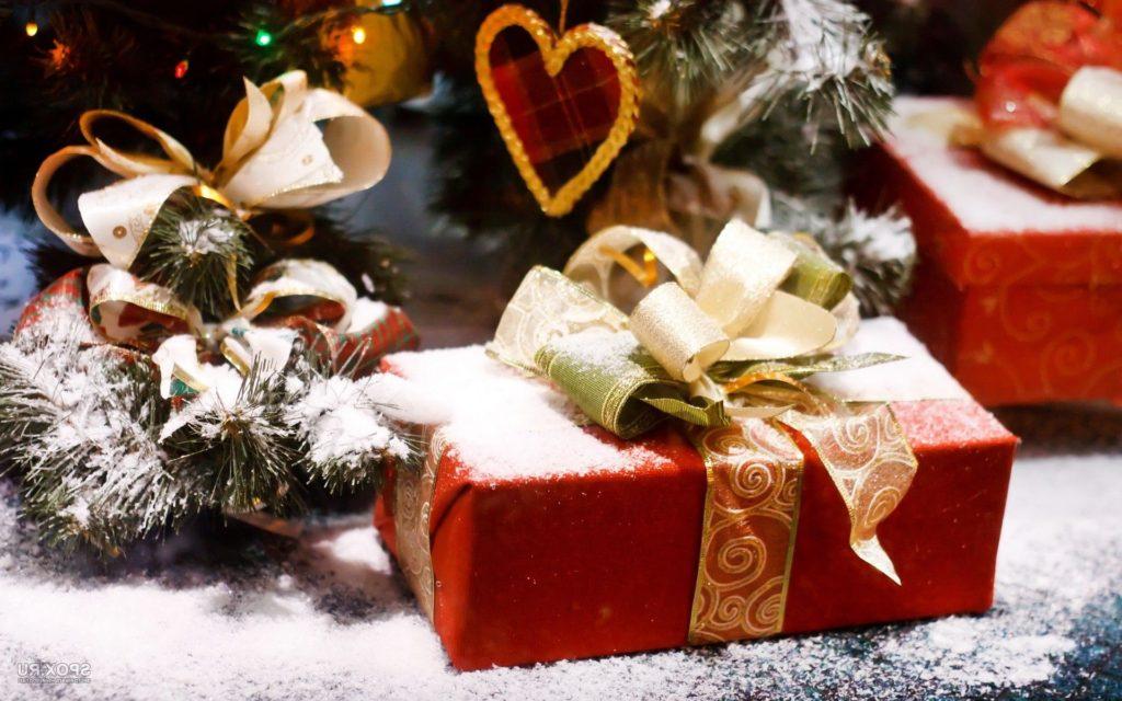 Готовя подарки на новый год