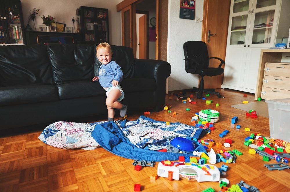 Учим ребенка с мадых лет наводить порядок