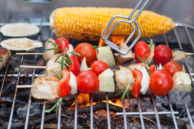 Овоши на гриле можно готовить на решетке